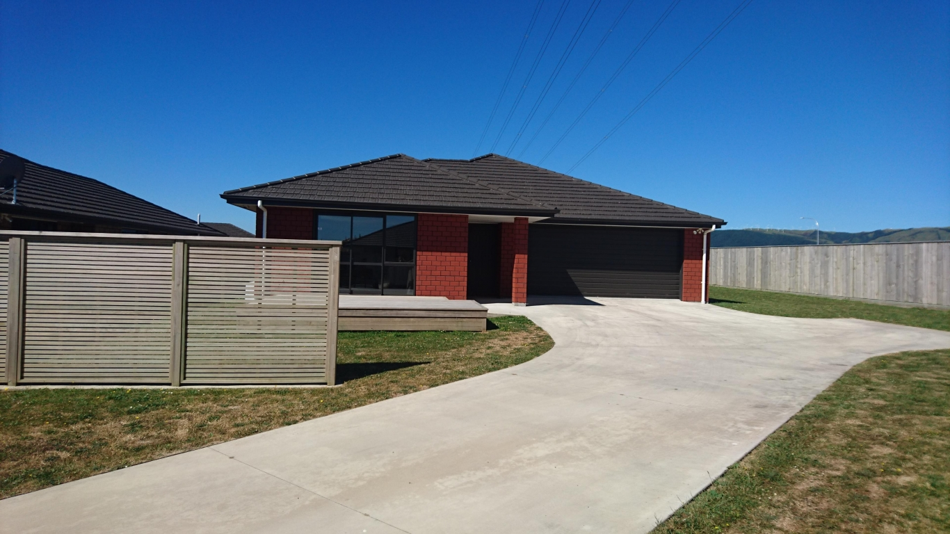 Investment Property $500 Weekly Rent - 21 Varsity Heights, Palmerston North
